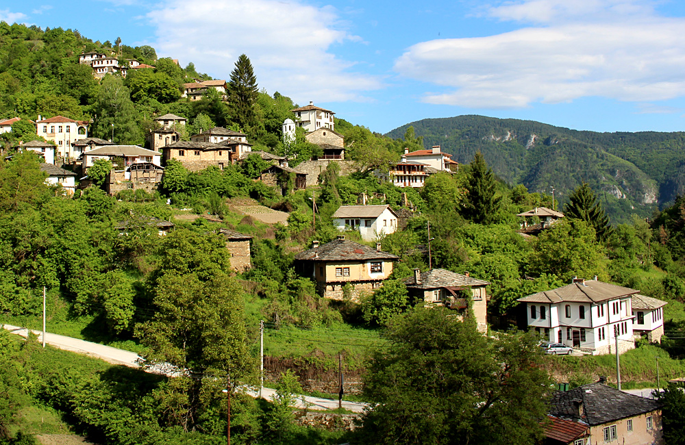 self-guided walking trips in the rhodopes, kossovo village