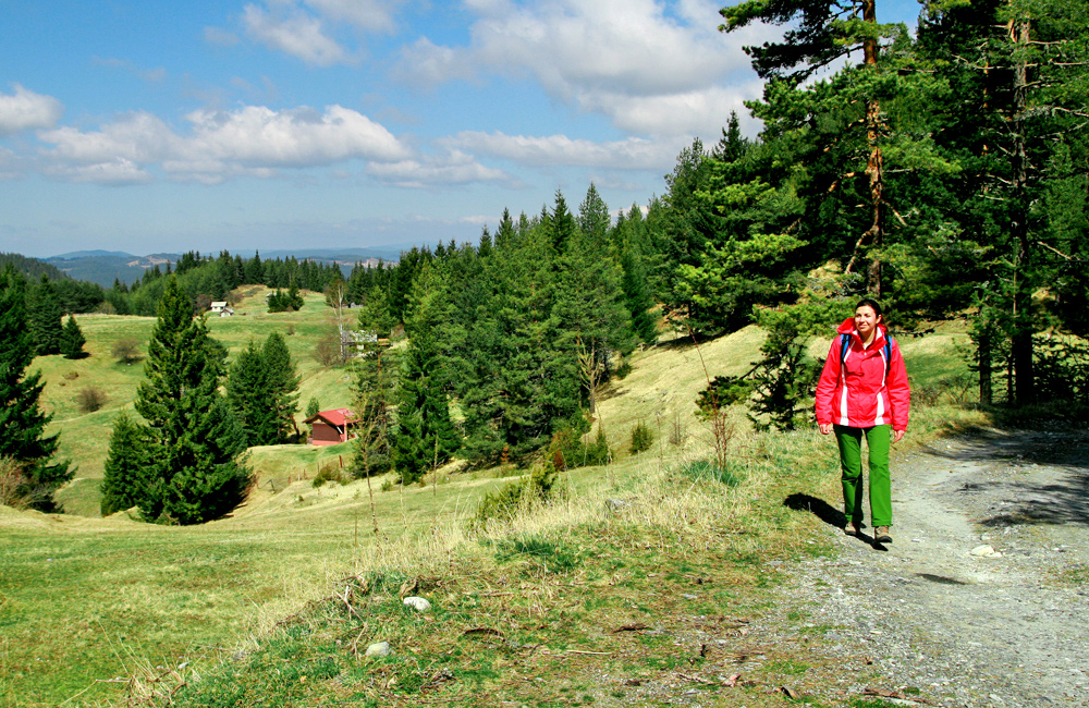 rhodope mountains (trigrad) self-guided and independent walking and hiking tours, bulgaria