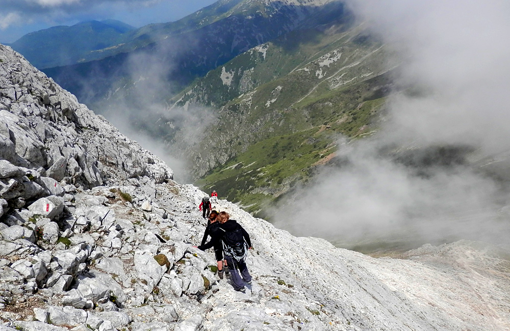 trekking and hiking in bulgaria - rila and pirin mountains