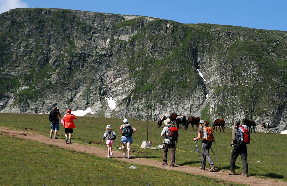 guided trekking tour in rila mountains to the seven rila lakes