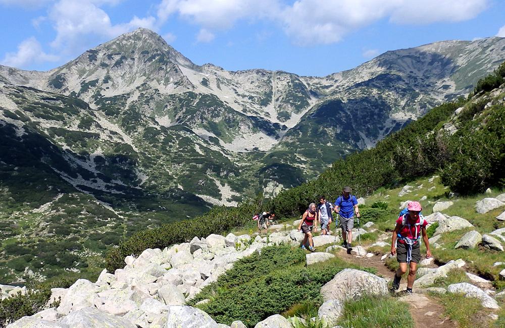 trekking trips in the pirin mountains of bulgaria