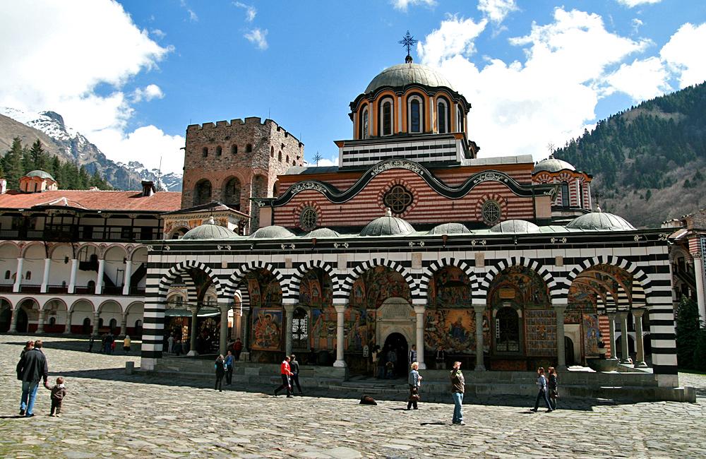 rila monastery hiking tours, bulgaria