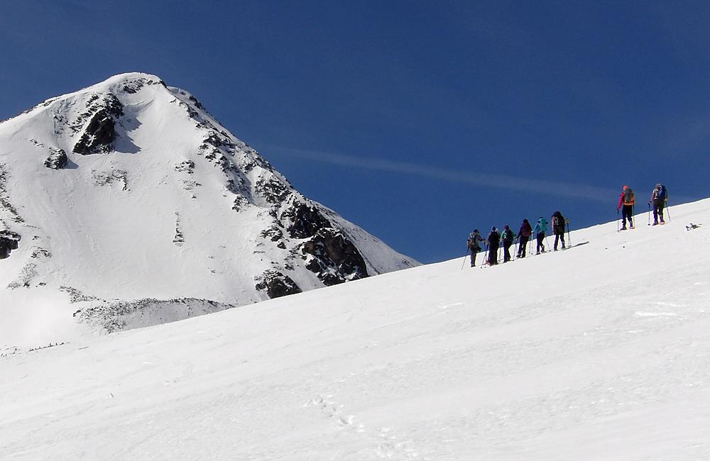snow shoeing tour bulgaria