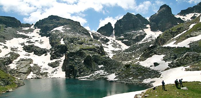 malyovitsa summit and scary lake hiking trekking day tours from sofia
